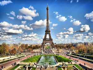 айфеловата кула екрскурзия париж цена