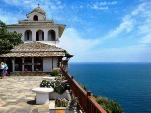 Екскурзия манастирът Архангелу цена