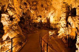Пещерите в Словения