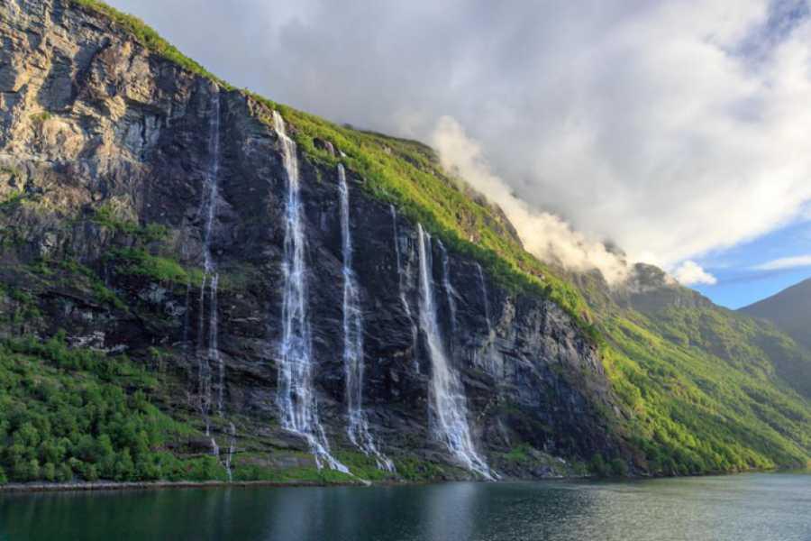 Водопад Врана вода, село Ямна